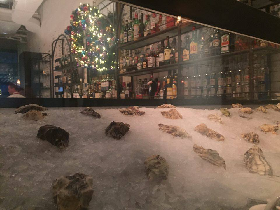 Oysters on Ice at the Maine Oyster Bar & Grill