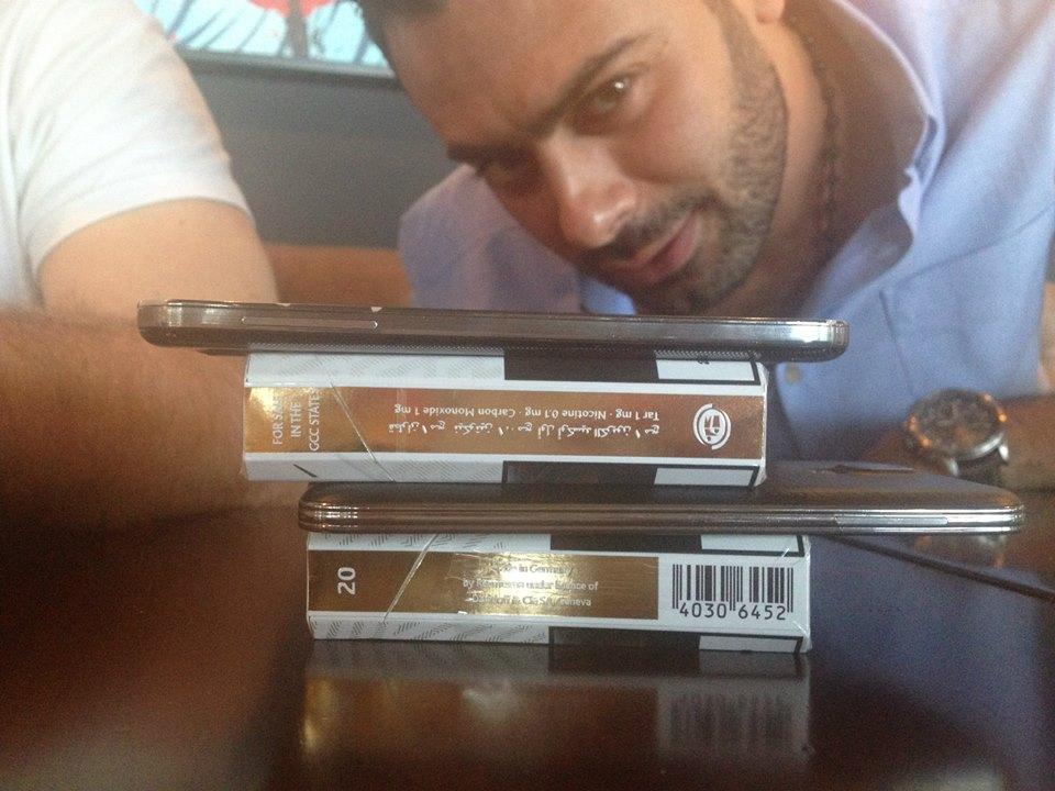 Arab lots of phones